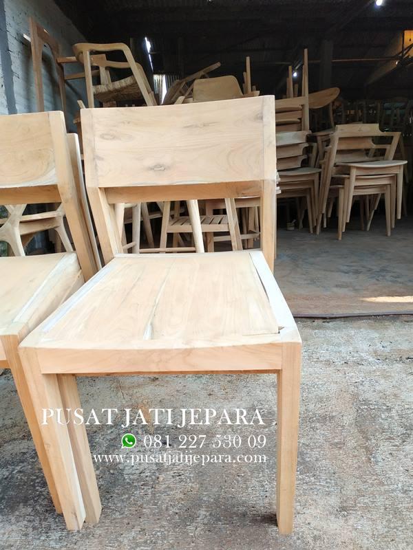 Kursi Cafe Simpel Jati Solid